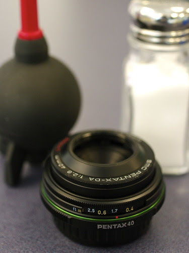 Pentax DA 40mm f/2.8 limited product shot