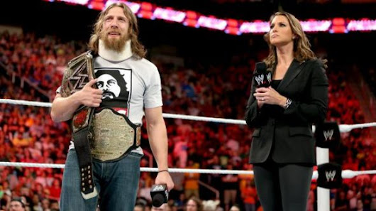 WWE RAW report: Punting until Payback