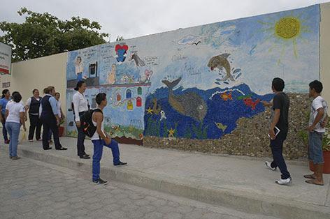 Pintan Murales En Centros Educativos El Diario Ecuador