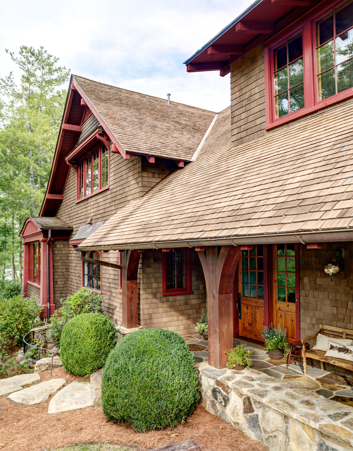 South Carolina Lake House Cabin  Rustic and Timeless Cabin Decorating Ideas