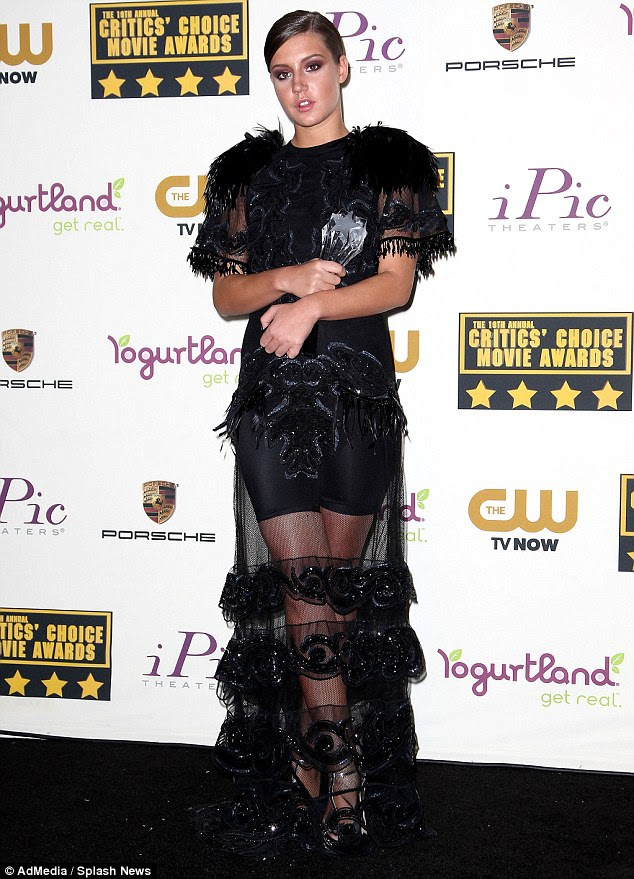 Critics' Choice Movie Awards 2014: Adele Exarchopoulos, 20, wears ...