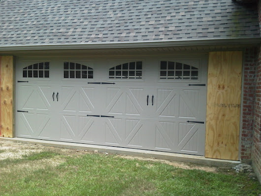 Garage Door Repair - garage door maintenance & replacement