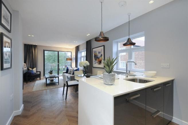 1 bedroom apartment for sale in Heather Close, London, SW8