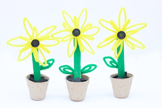 Pipe Cleaner Sunflowers - One Little Project