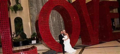 Las Vegas Wedding Packages with Strip, Outdoor and Valley