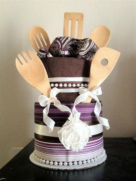 27 best images about Towel cakes on Pinterest   Unique