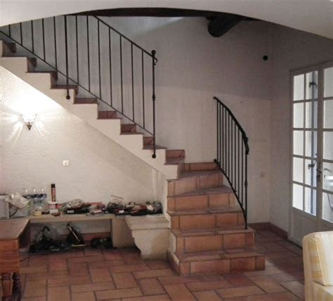 homes staircase design  bungalow designs railing