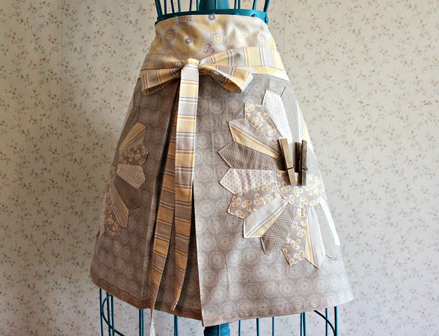 Willow Dresden Apron