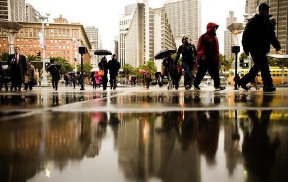 Plaza frente al Ferry Building, donde antes había una Avenida de dos pistas Imagen © Thomas Hawk, via Flickr. Licença CC BY-NC 2.0