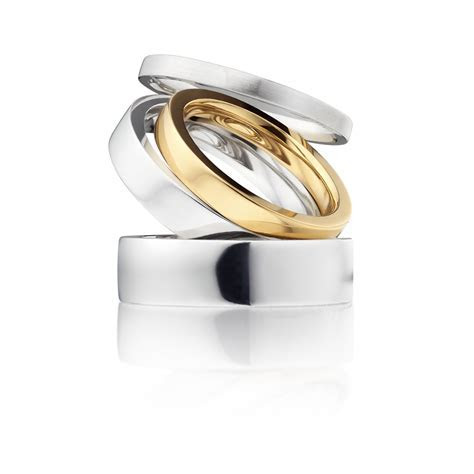 Put a Ring on it: Top 10 Wedding Rings