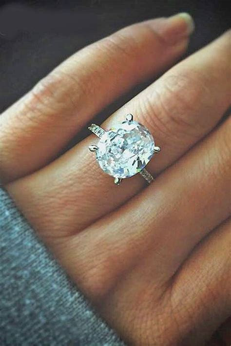 17 Best ideas about Oval Engagement Rings on Pinterest