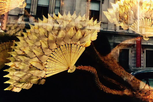 Golden Fans – Fortnum and Masons