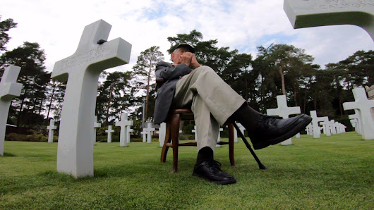 WWII Veteran Brings People to Tears With Harmonica Performance at Military Cemetery [Video]
