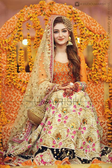 Pakistani mehndi bride   The Pakistani bride in 2019