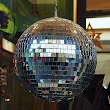 How to Make Disco Ball With Old CD