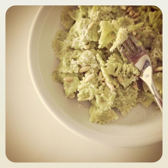 Pesto di broccoletti e pinoli