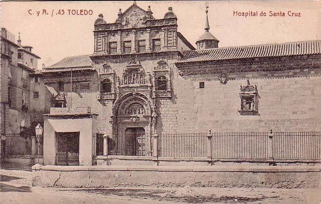 Museo de Santa Cruz a comienzos del siglo XX. Foto Castañeira y Álvarez
