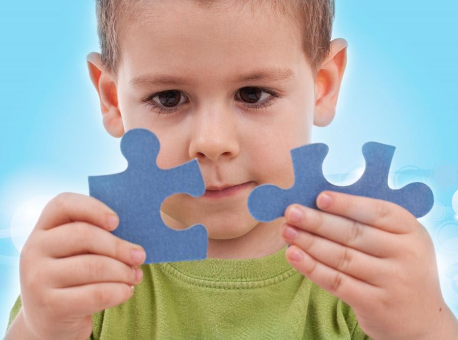 Znalezione obrazy dla zapytania dziecko z autyzmem