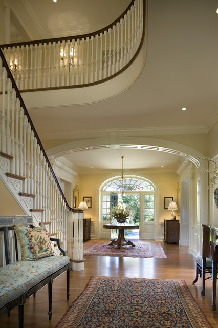 Traditional Hallway Pictures | Ideal Home