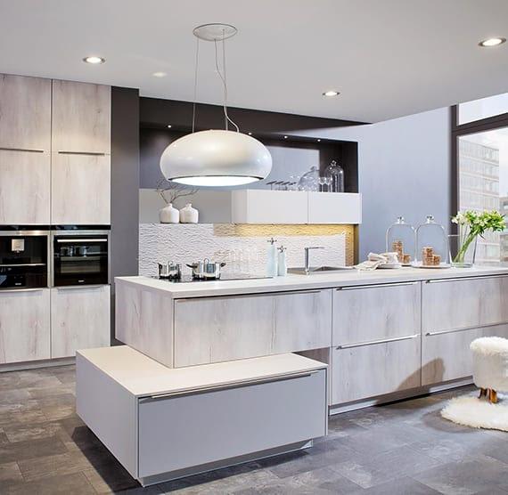 Moderne Küchenbeleuchtung   Klassik Küche Häcker Weiß ...