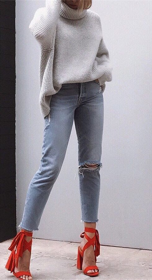 what to wear with a knit sweater : ripped jeans + red heels