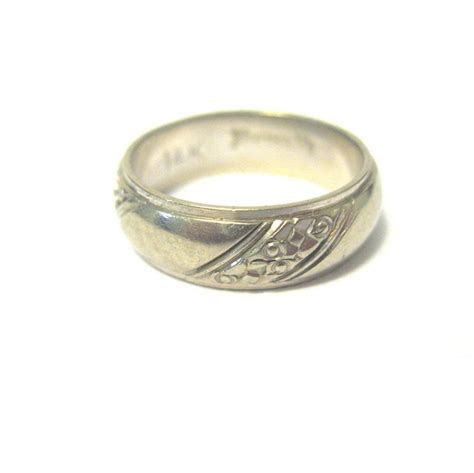 Vintage White 14K Gold Wedding Band, Keepsake from toniink