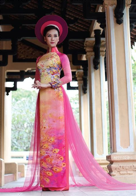 528 best images about Ao Dai on Pinterest   Traditional