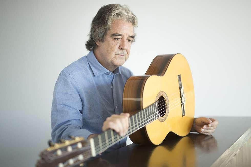 Rafael Riqueni, el pasado sábado en los camerinos del Teatro Municipal de Arahal (Sevilla).