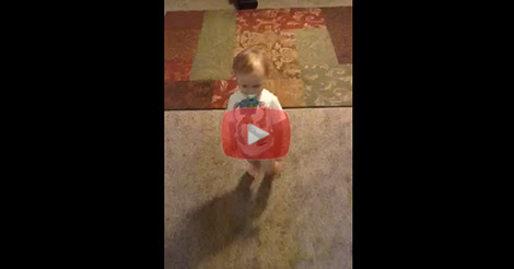 This Dad asked his kid to walk like mommy and the result is so funny!