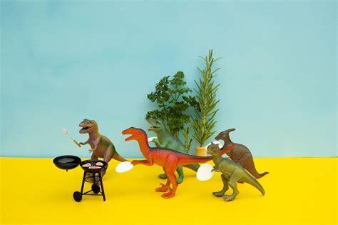 Best Dinosaur Memes of the Internet