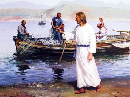 Resultado de imagen para Caminando adelante, vio a otros dos hermanos, Santiago el de Zebedeo y su hermano Juan