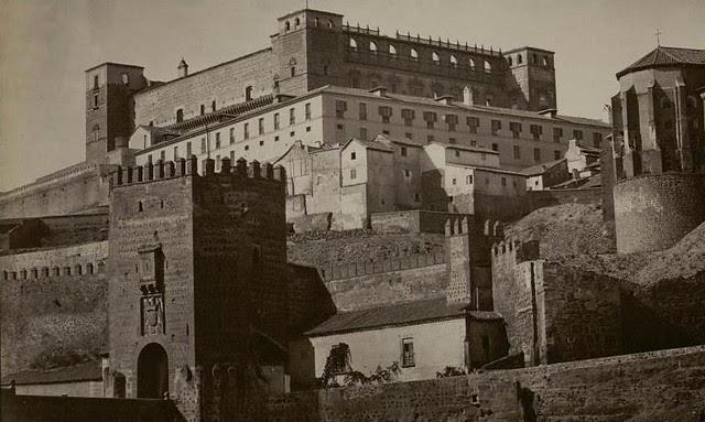 Alcázar y Puente de Alcántara hacia 1865. Fotografía de Jean Laurent