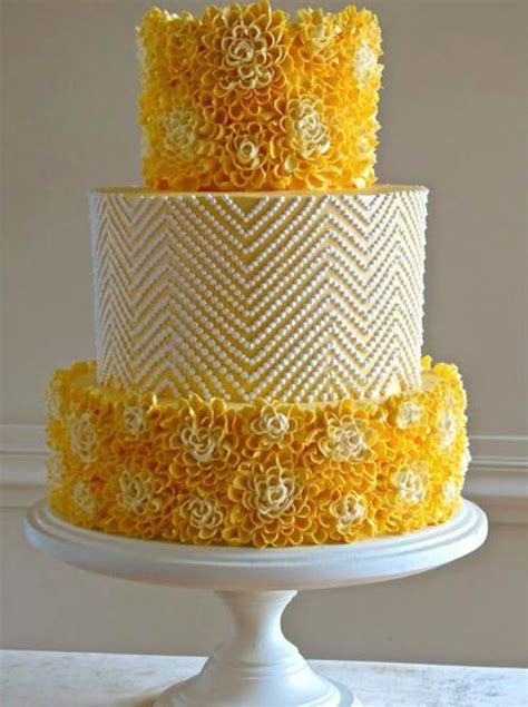 Piped Cakes that are Picture Perfect: Get Inspired