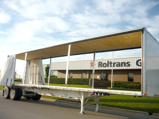 The differences between curtainsiders and sliding bows