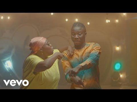 Stonebwoy ft. Teni – Ololo (Official Video)