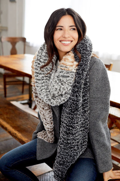 Color Block Scarf (Knit)