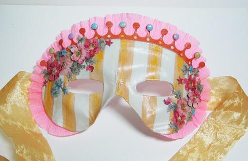 10-11 Tut Mask 1