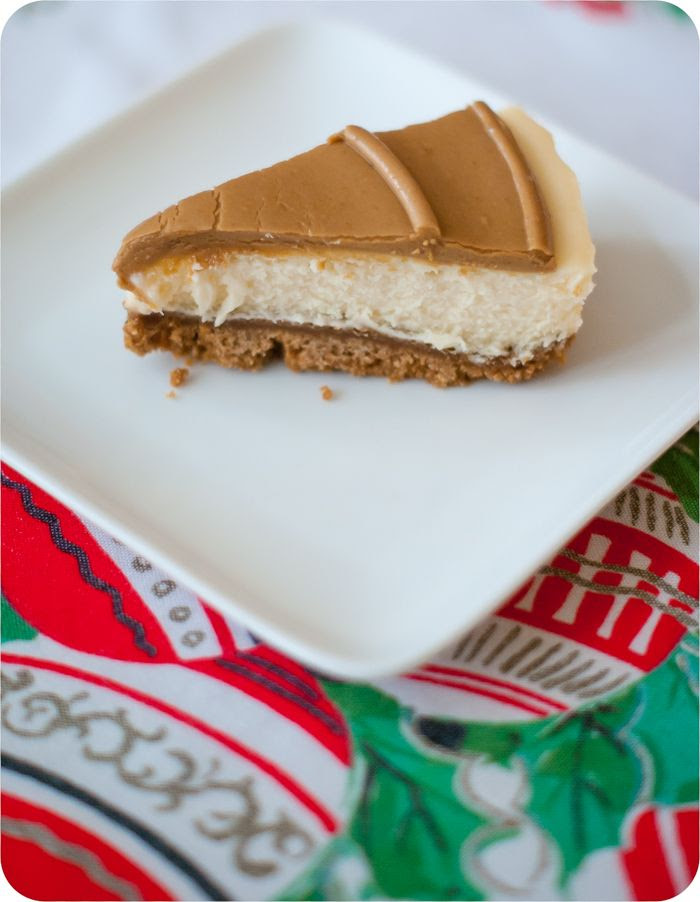 trader joe's cookie butter cheesecake review | bakeat350.blogspot.com
