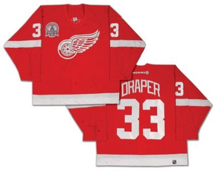 2001-02 Detroit Red Wings jersey