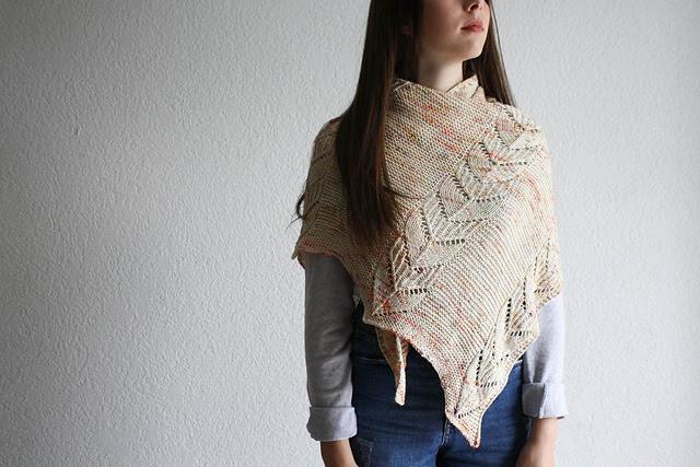CHâle tricoté  Depok Delice par Nadia Crétin-Léchenne