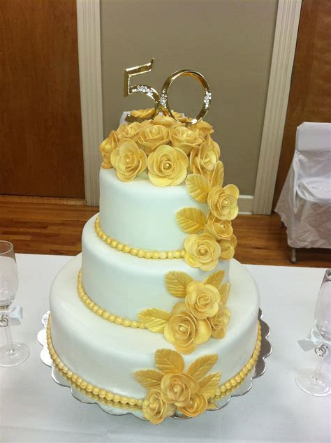 50th Wedding Anniversary Cake! The roses are made of gum