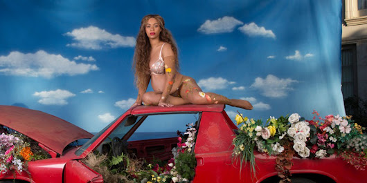 Beyoncé's full pregnancy photoshoot has landed and it's insane