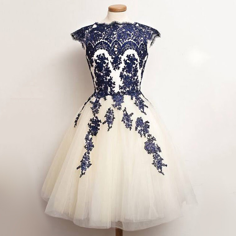 Resultado de imagen para Princess Scalloped Neck Tulle Tea-length Appliques Lace Prom Dresses