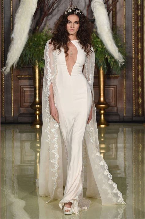 The Top Wedding Dress Trends For Spring 2016   Weddingbells