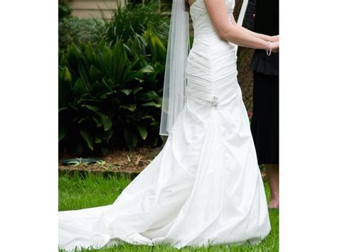 Maggie Sottero Brianna, $190 Size: 8   Used Wedding Dresses