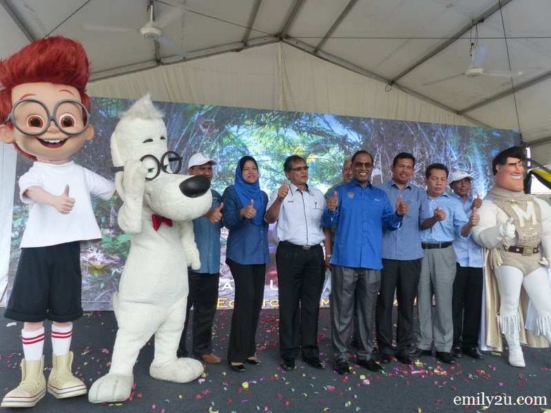 3. the Visit Perak Year 2017 campaign is launched with the presence of mascots from Mr. Peabody & Sherman (L) as well as Megamind (R)