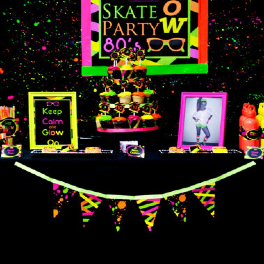 Neon Glow In The Dark Sweet 16 Party Theme Ideas