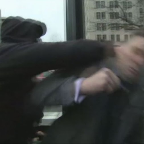#Far-right #activist #Richard #Spencer #punched on #camera  http://www.abc.net.au/news/2017-01-21/far...