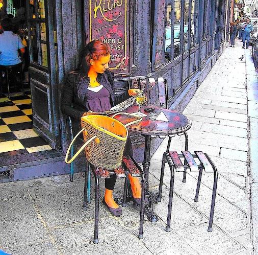 A Paris street scene. Celebrating International Day of the Girl. #dayofthegirl #parisstreetphotography...