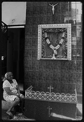 The East Indians Of Bandra Bazar Road by firoze shakir photographerno1